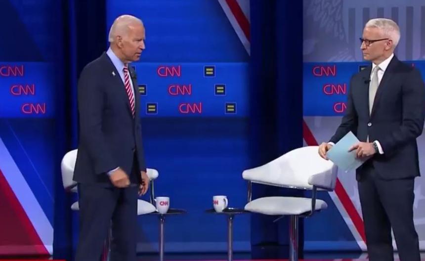 Joe Biden e lo scivolone sulle saune gay