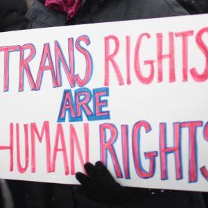 Cina, donna trans fa causa al datore di lavoro, è la prima volta